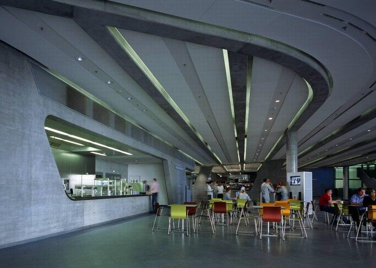 BMW中央大厦 扎哈·哈迪德大师作品
