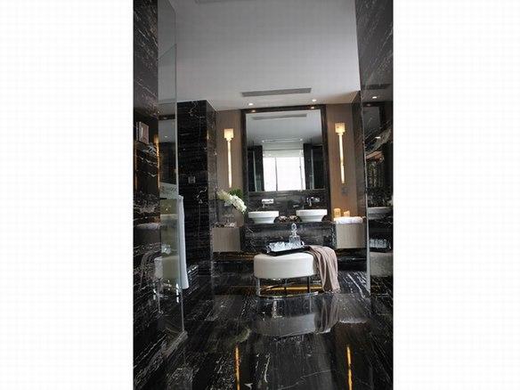 黑金花浴缸
