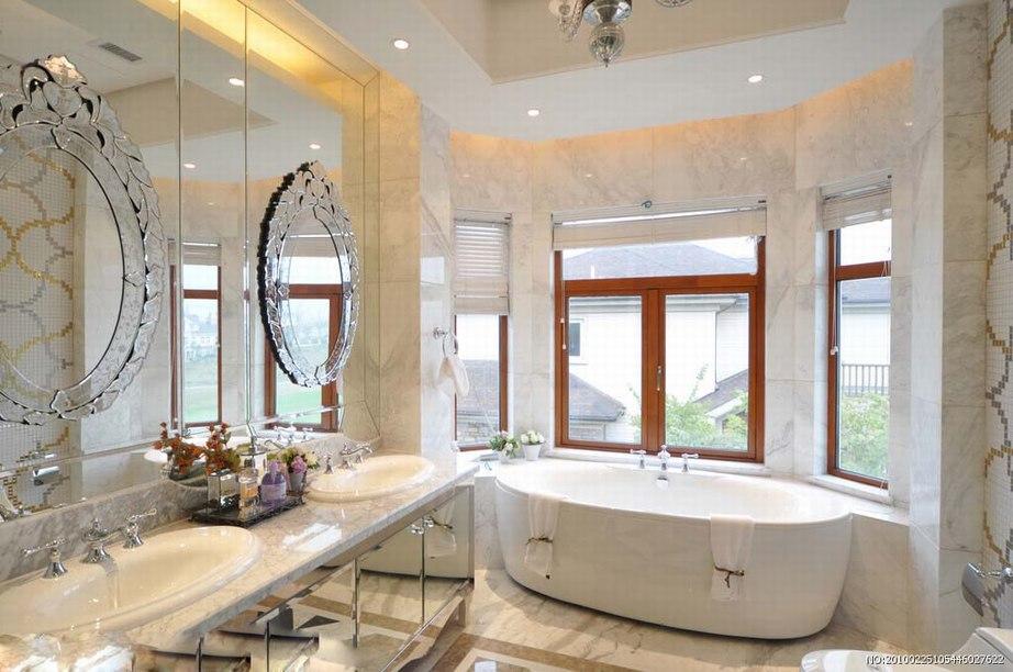 白色石材与卫浴空