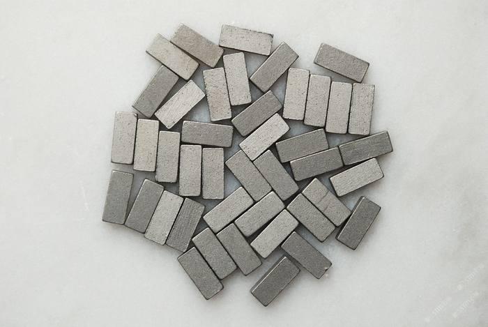 切割米黄、洞石系列排锯刀头钢带锯条加工机械工具辅料