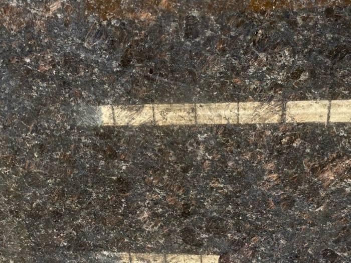 奎山英国棕 超大量黑棕