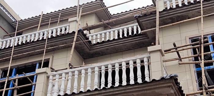 广西白 栏杆