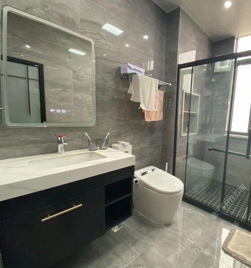 云浮市岩板卫浴浴室柜组合