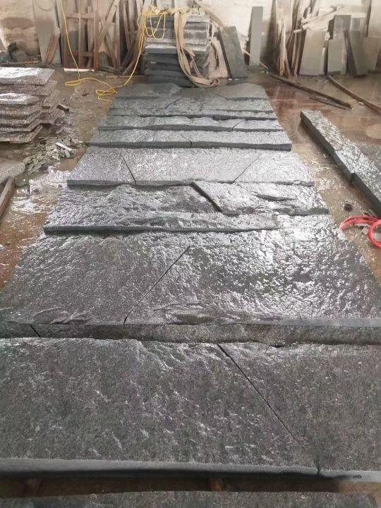 新老礦芝麻黑灰白自然面背景墻小方塊馬蹄石地鋪