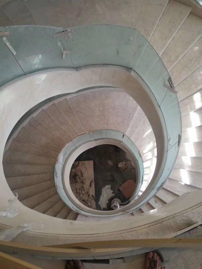 廣潤圓柱.精做旋轉樓梯.背景墻.弧形雕刻圓柱雕刻