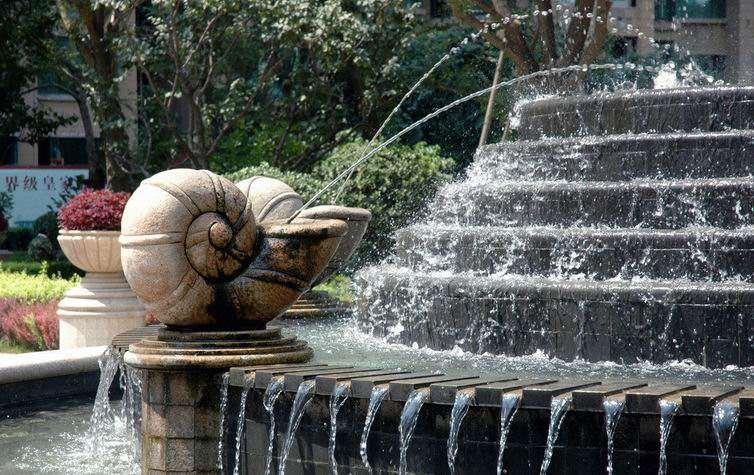 ps喷泉俯视图素材