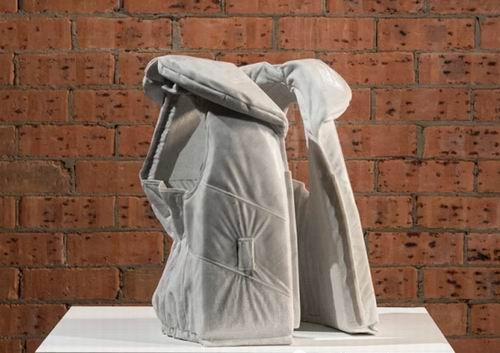 石材新创意:柔软的大理石雕塑