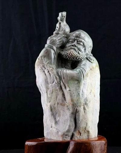 达摩石雕像千姿百态