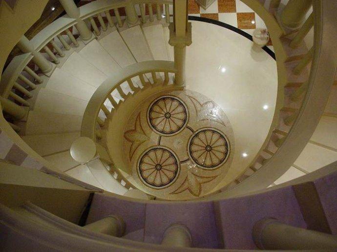 威尼斯皇冠假日酒店,马赛克,莎安娜米黄