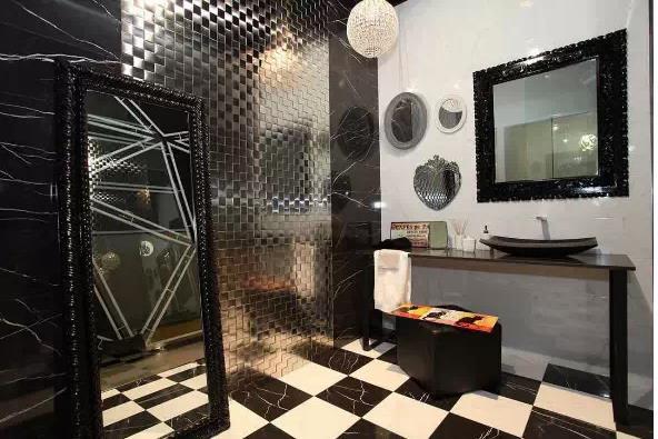 大理石浴室演绎风情万种