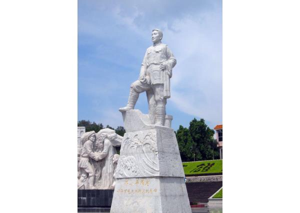 邓小平雕像_邓小平雕像(图片)