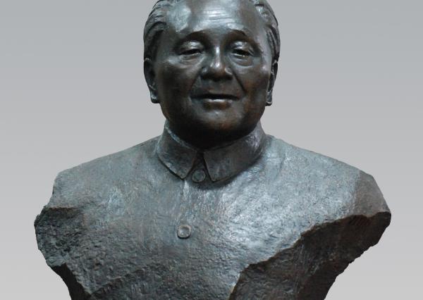 邓小平雕刻像_邓小平雕刻像(图片)