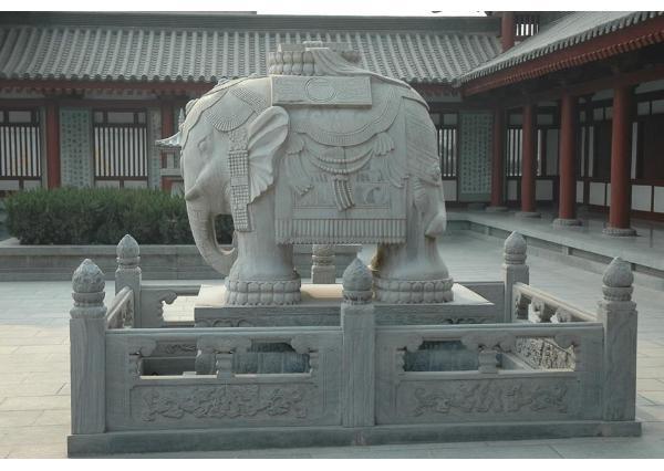 漢白玉石象_漢白玉大象工藝品(圖片)