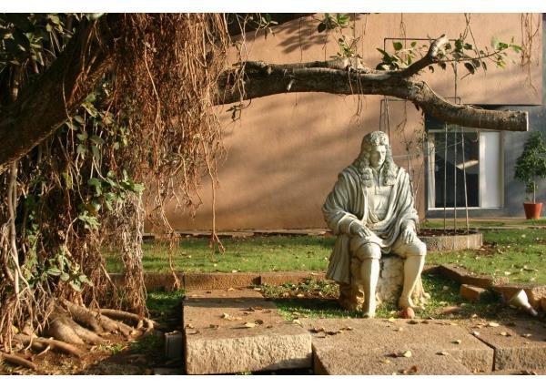 牛頓石像_牛頓雕像(圖片)