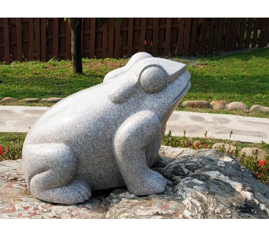 石雕青蛙_青蛙雕塑(圖片)
