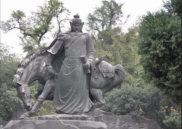 岳飞石雕_岳飞雕塑(图片)